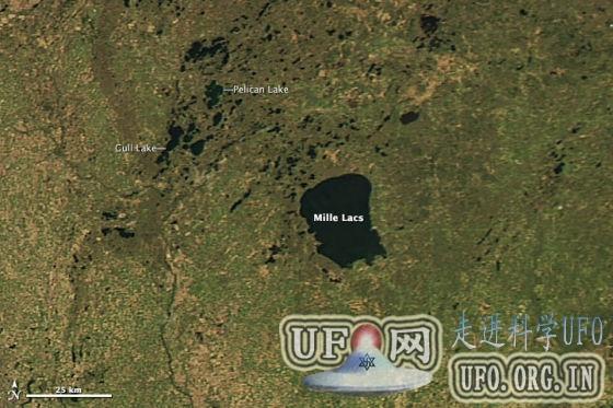 每日卫星照:美国明尼苏达五月残留湖冰的图片 第2张