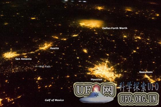 美国得克萨斯州夜景的卫星照片的图片