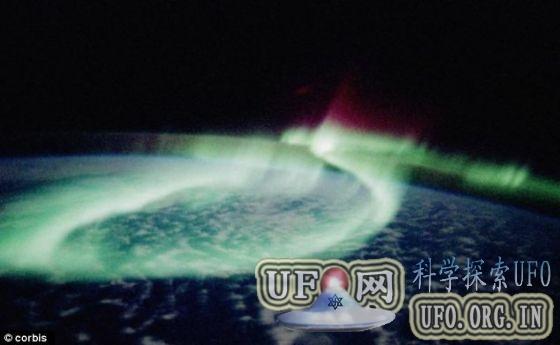 专家称地球磁场正崩塌 将影响气候毁掉电网的图片 第4张