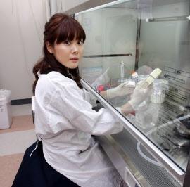 """日本美女科学家研制新型万能细胞""""STAP细胞""""断肢重生非梦幻的图片"""