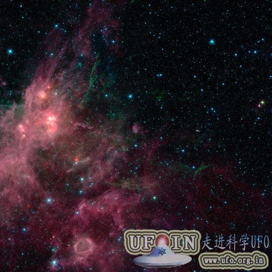 美科学家合成最新360度银河系全景图的图片 第1张