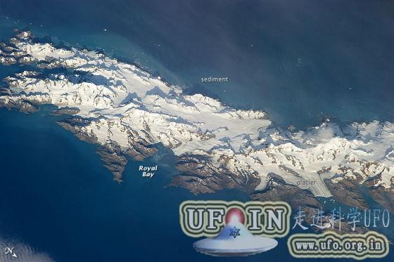 每日卫星照:南太平洋南乔治亚岛冰雪覆盖的图片