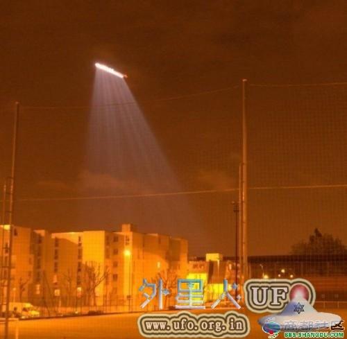 外星人使者宣布浙江杭州萧山国际机场UFO的真相的图片