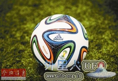 世界杯新球仅用6块皮面缝制具有上乘稳定性的图片