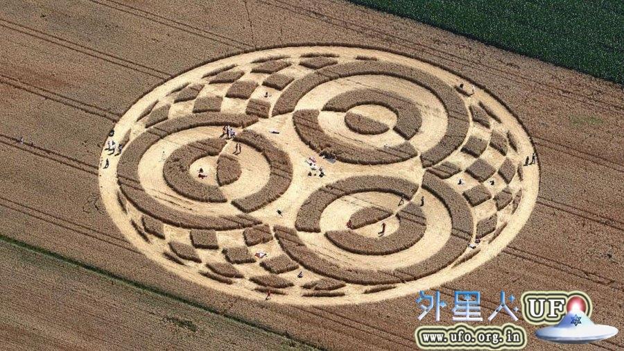 德国75米宽麦田圈惊现南部巴伐利亚 麦田怪圈视频+图片解密的图片 第1张