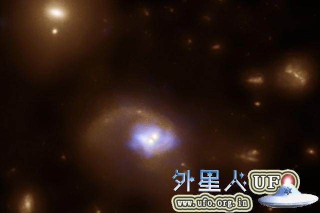 """哈佛科学家发现宇宙超级黑洞""""鼻祖"""""""
