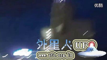2014年11月20日阿根廷体育场足球比赛时拍到的UFO的图片