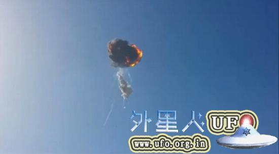 北京时间8月23日SpaceX (美国太空探索技术公司)在推特发布一则消息,F9R火箭在测试过程中发生故障,升空后爆炸解体。 第2张
