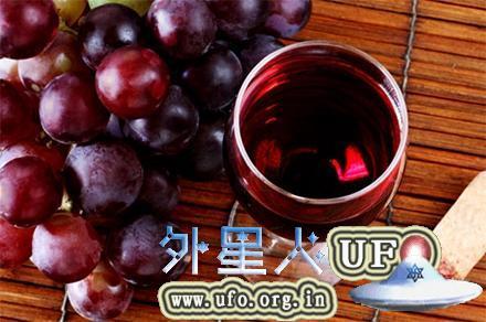 葡萄和红酒(图片来源:Shutterstock) 第1张