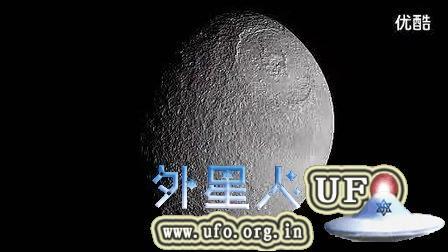 土星附近的UFO以及他的卫星照片