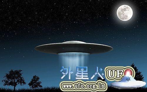 2013年-2015年的UFO似烟圈似锅盖 充满了神秘感