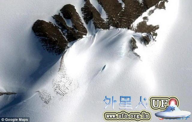 南极洲UFO坠毁残骸被俄罗斯男子发现是真的吗?还是南极裂缝? 第4张
