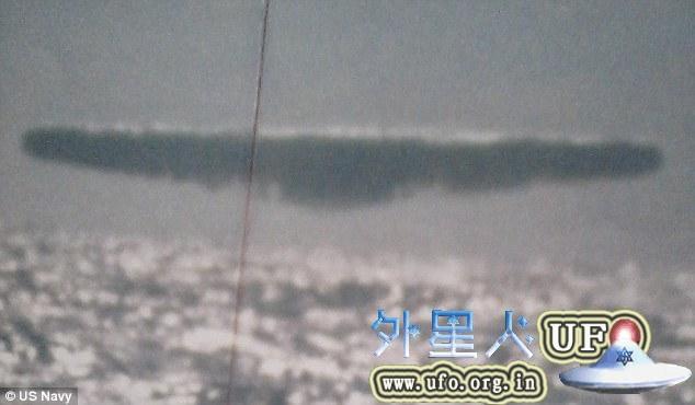 """美军潜艇""""海参号""""摄于1971年北冰洋海底巨大UFO照片惹热议"""