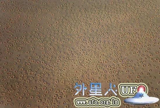 非洲荒漠现神秘精灵怪圈裸点 疑似UFO降落点 第3张