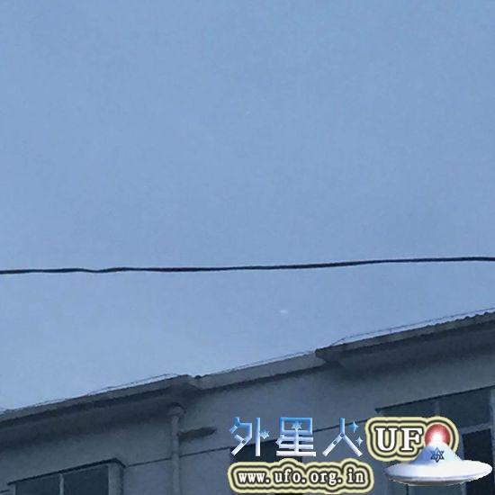 陕西汉中城固县城上空惊现UFO不少城固人直呼惊奇2015年7月17日