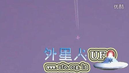 2015年7月12日安大略召唤来的飞碟与飞机对比