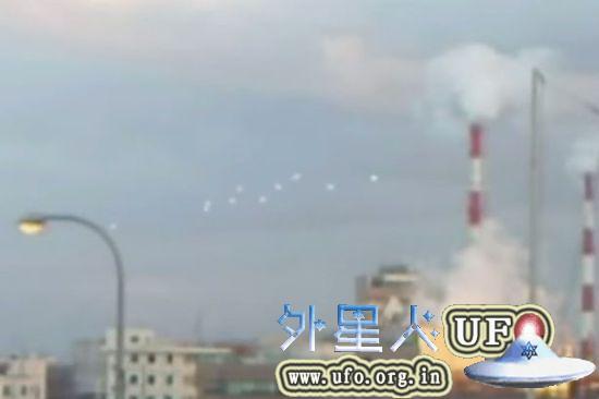 日本大阪上空惊现10个UFO群的真相解密2015年7月18日