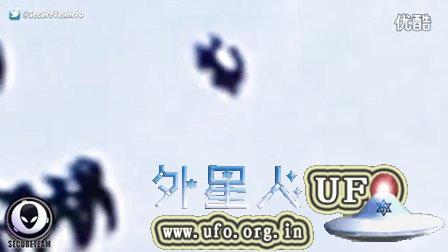 2015年8月25日奇怪的变形UFO(请忽略语音)的图片