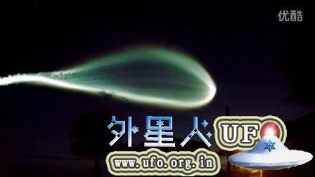 2015年9月2日巨大纺锤形UFO发光物6-3(南佛罗里达彩色)的图片