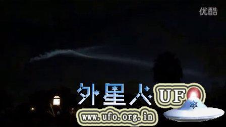 2015年9月2日巨大纺锤形UFO发光物6-2(迈阿密6点15am)的图片