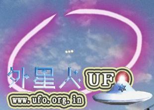 上海黄浦区3个光球UFO被网友拍到2015年9月8日的图片 第1张