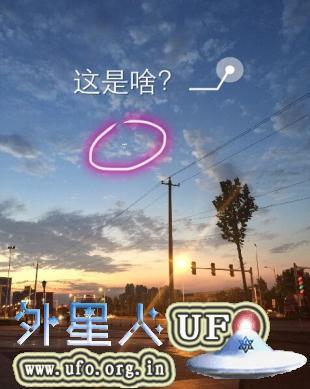 上海黄浦区3个光球UFO被网友拍到2015年9月8日的图片 第3张