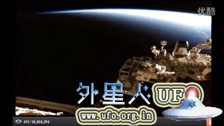 2015年9月5日国际空间站拍到一对光点UFO的图片