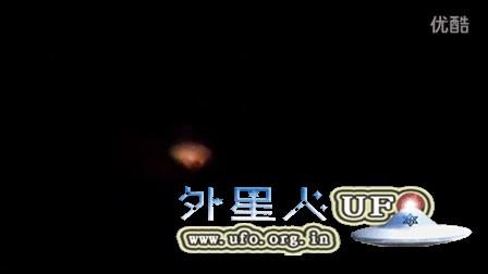 2015年11月13日葡萄牙彩色半亮半暗光球UFO的图片