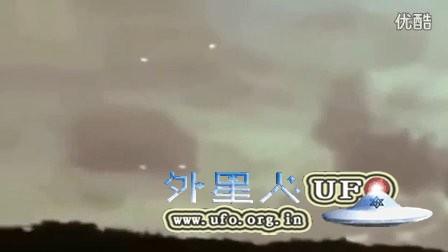 2015年10月25日夏威夷长时间徘徊的5个白色光球UFO的图片