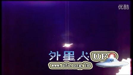 2015年12月15日国际空间站周围的UFO的图片