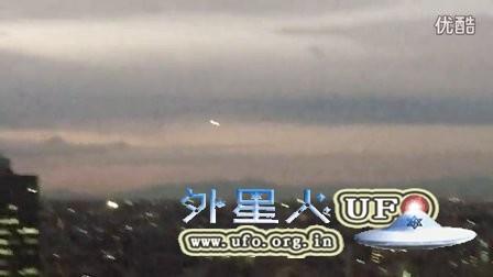 2015年12月17日东京白色发光UFO的图片