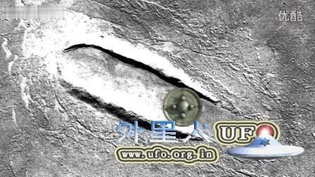 火星上的巨大着陆痕迹的图片