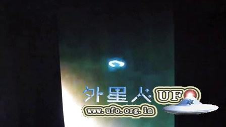 智利拍到蓝色环形发光UFO(真伪自辩)的图片