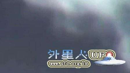 2016年1月28日云中快速光团UFO的图片