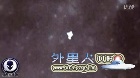 美国登月时拍到的多个清晰的UFO视频的图片