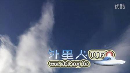 2016年1月18日富士山巨大飞鸟云的图片