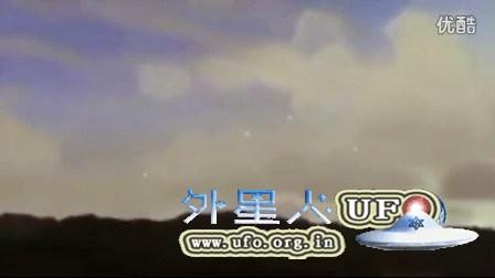 5个变速徘徊的低空光球UFO的图片