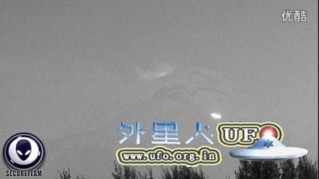 2015年12月25日墨西哥火山圣诞节UFO的图片