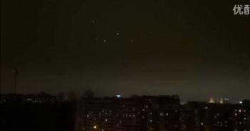 2016年3月1日芬兰5个UFO的空中表演的图片