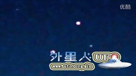 2016年3年1日高空两个彩色光点UFO的图片