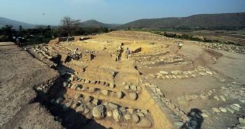 秘鲁发现早期古代金字塔遗址的图片