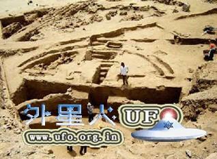 秘鲁发现早期古代金字塔遗址的图片 第6张