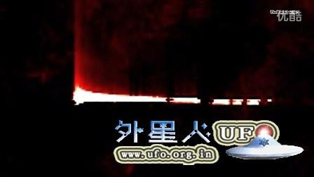 2014年3月14日太阳上无法解释的巨大直角漏光区UFO的图片