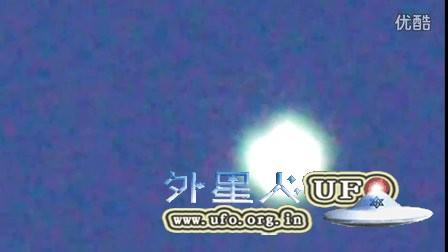 2016年3月18日斯洛伐克放大菱形光球UFO的图片