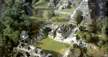 危地马拉tikal蒂卡尔古城的图片