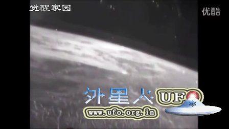 2016年4月5日国际空间站在地球上空拍到大量的UFO的图片