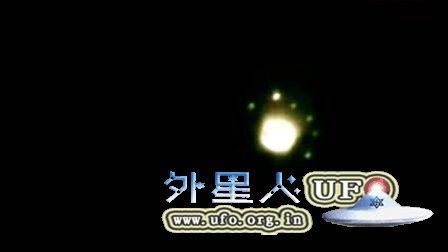 UFO在佛罗里达州迈尔斯 英国《金融时报》2010年3月的图片