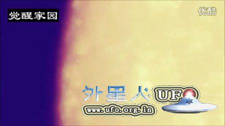 从月球基地飞出大量飞碟UFO的图片
