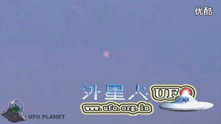 巨大红色UFO在欧洲北部上空突然一闪消失的图片