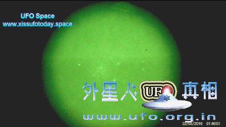UFO在地球轨道上2016年5月22日的图片